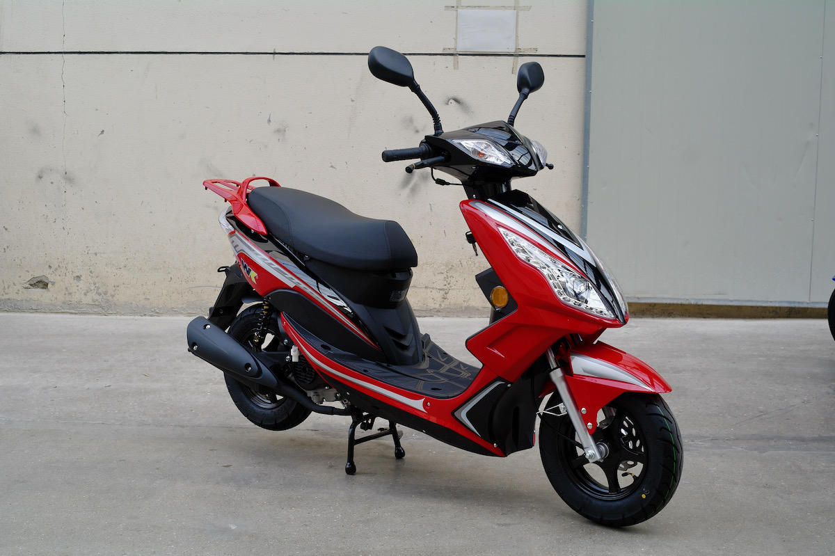 red ttr 50 scooter